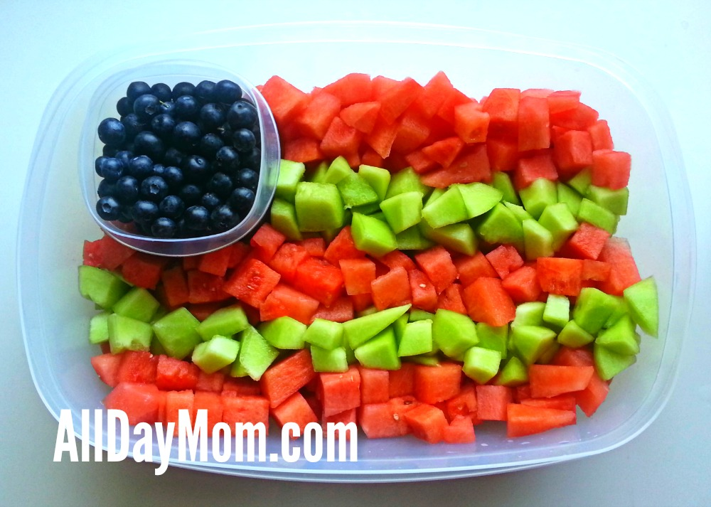 US Flag fruit platter - Patriotic recipe - Red, White, and Blue - Memorial Day - 4th of July