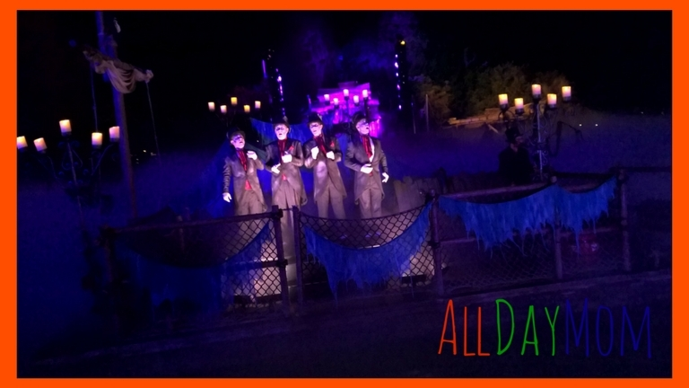 The coolest thing at Mickey's Halloween Party! The Cadaver Dans singing on Rivers of America! 10 Disneyland tips for Mickey's Halloween Party!