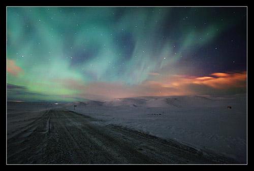 Северное сияние. Исландская аврора фотографа Орвара Торгейрссона