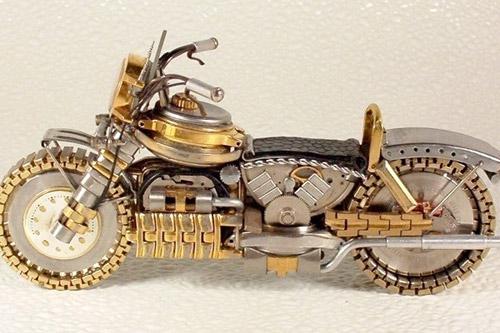 Мотоциклы из старых часов. Поделки Дмитрия Христенко