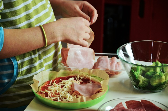Cooking with Kids: How to Relax and Have Fun   Alldonemonkey.com