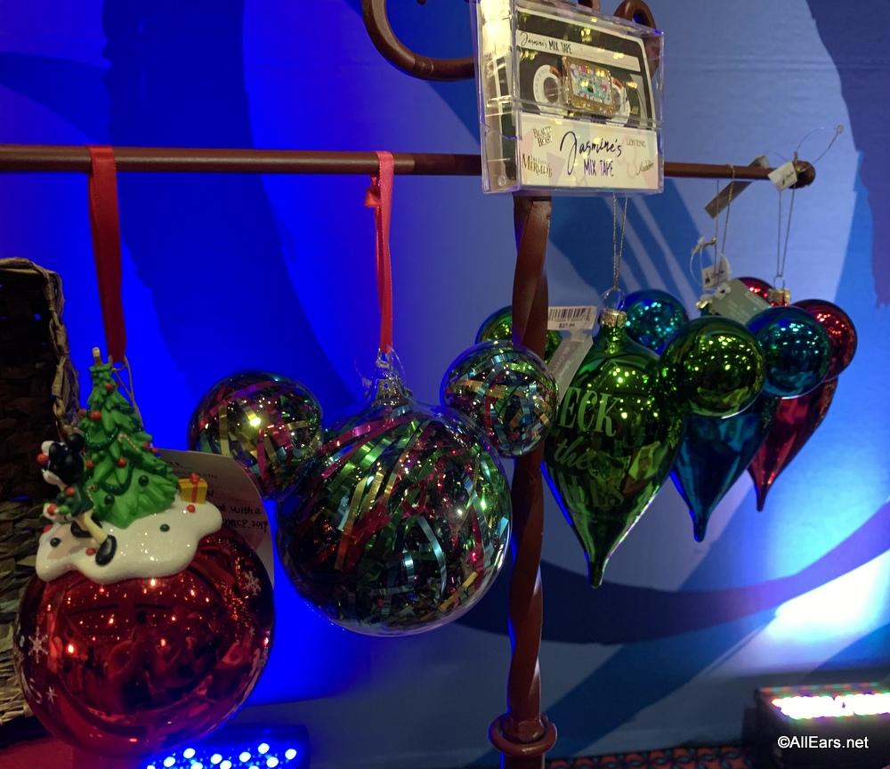 Get A Sneak Peek At Disney World S Holiday Merchandise Allears Net