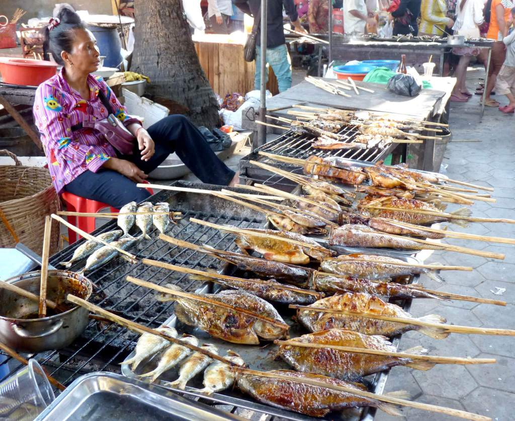 Verse vis op de markt in Kep