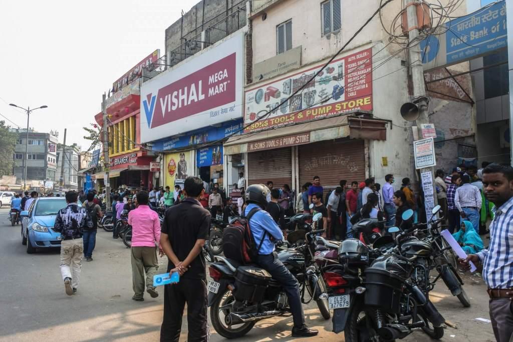 banken chaos delhi