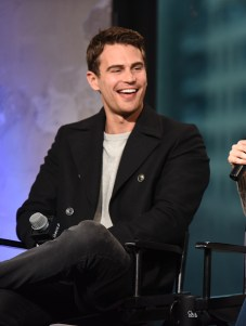 """NEW YORK, NY - MARCH 14: Theo James speaks at the AOL Build Speaker Series """"Allegiant"""" at AOL Studios In New York on March 14, 2016 in New York City. (Photo by Dave Kotinsky/Getty Images)"""