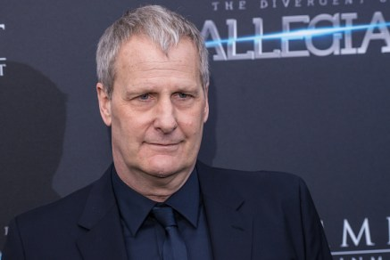 "NEW YORK, NY - MARCH 14: Actor Jeff Daniels attends the ""Allegiant"" New York Premiere at AMC Loews Lincoln Square 13 theater on March 14, 2016 in New York City. (Photo by Mark Sagliocco/Getty Images)"