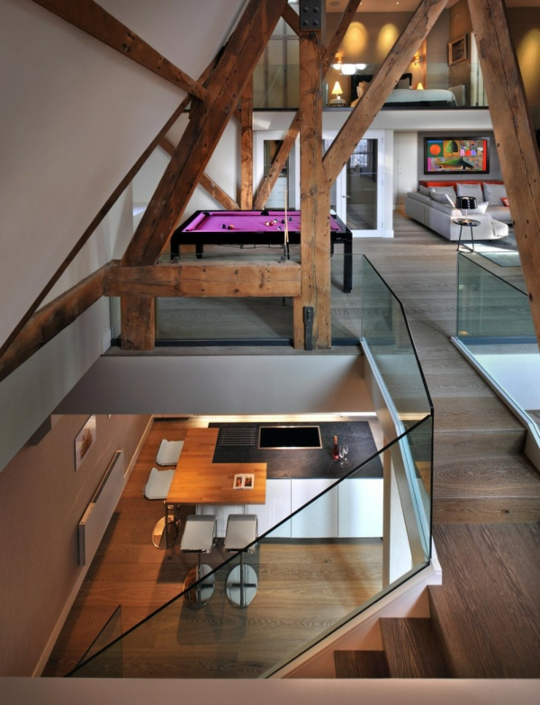 Das renovierte Penthouse in St Pancras Chambers kombiniert
