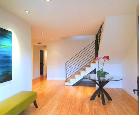 Wie soll man ein Zimmer mit weien Wnden dekorieren