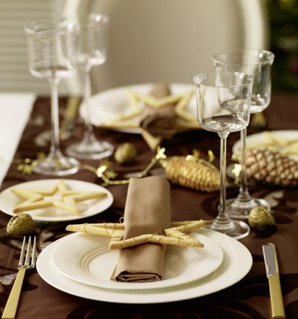 Schaffen Sie Eine Bezaubernde Tischdeko Zu Weihnachten