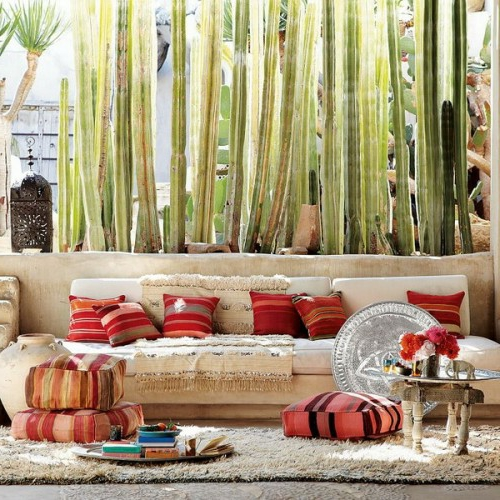 Orientalische Wohnideenverschnern Sie Ihr Wohnzimmer mit Bodenkissen