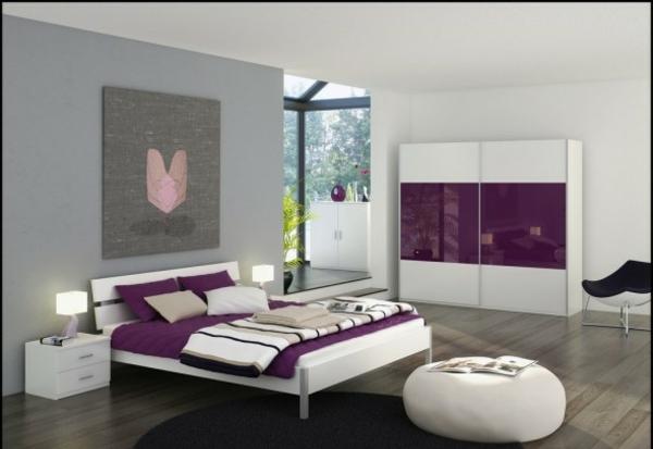 Schaffen Sie intime Atmosphre im grauen Schlafzimmer