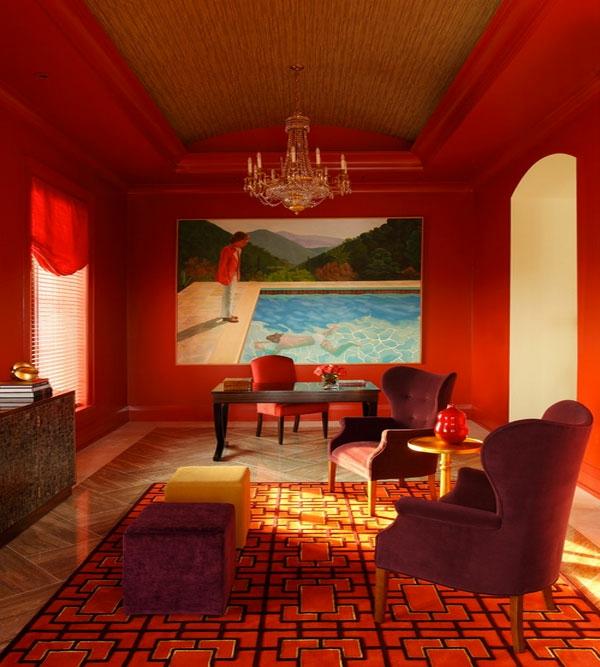 Raumgestaltung mit Farbe  das Rot ldt den Innenraum mit