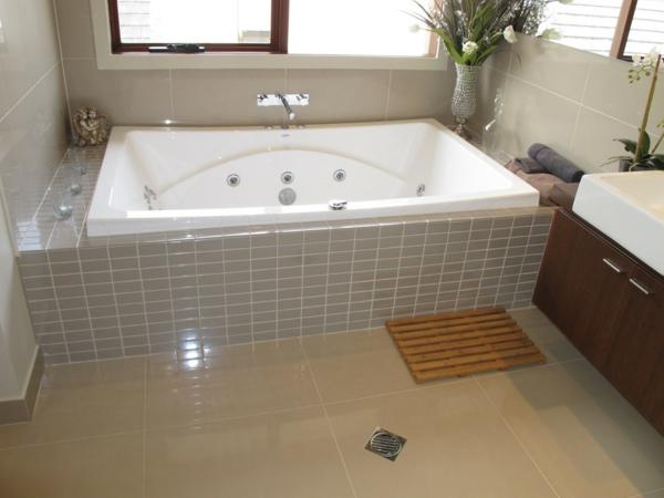Badewanne einfliesen  Ideen fr eine tolle Badewanne