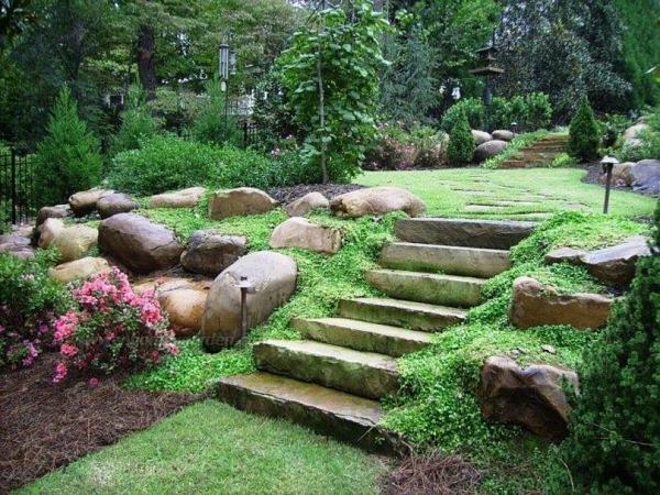 Gartentreppe selber bauen und sich den Weg durch den Garten erleichtern