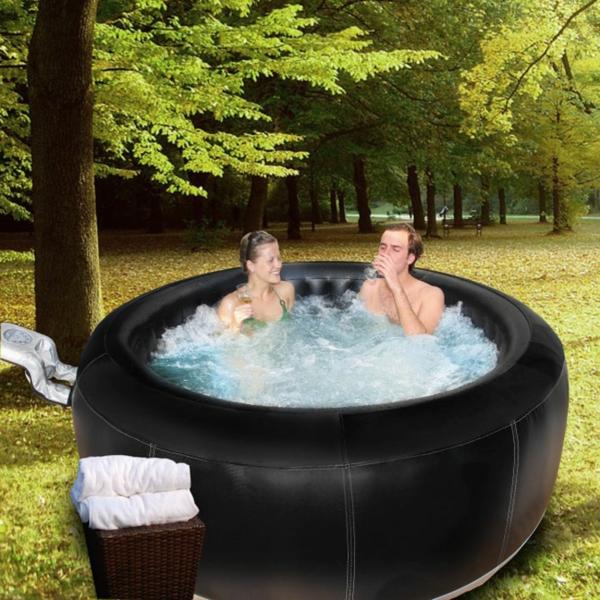Portabler Whirlpool fr Innen oder Drauen bereitet groe Freude
