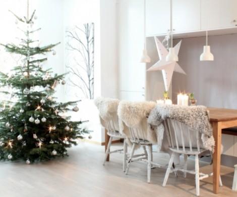 1001 Ideen fr Weihnachtsbaum schmcken  Wei und Silber als Tannenbaumdekoration