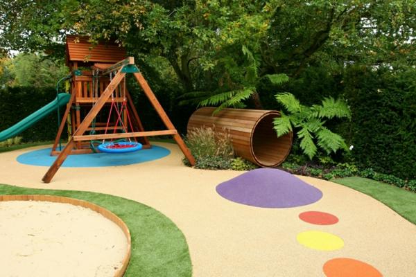 Outdoor Spielplatz im Garten fr amsante Kinderspiele