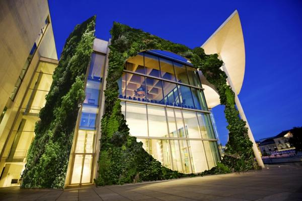 Moderne Architektur Huser die sich mit der Natur vereinigen
