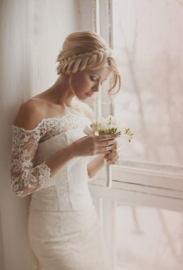 Brautfrisur geflochten  Frisur die Eleganz und Klasse