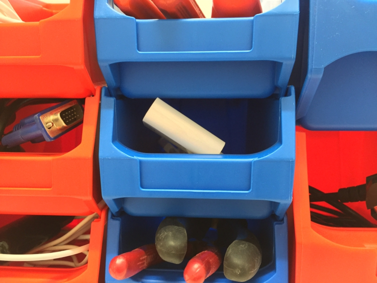 Ordnung schaffen durch passende Aufbewahrungsboxen