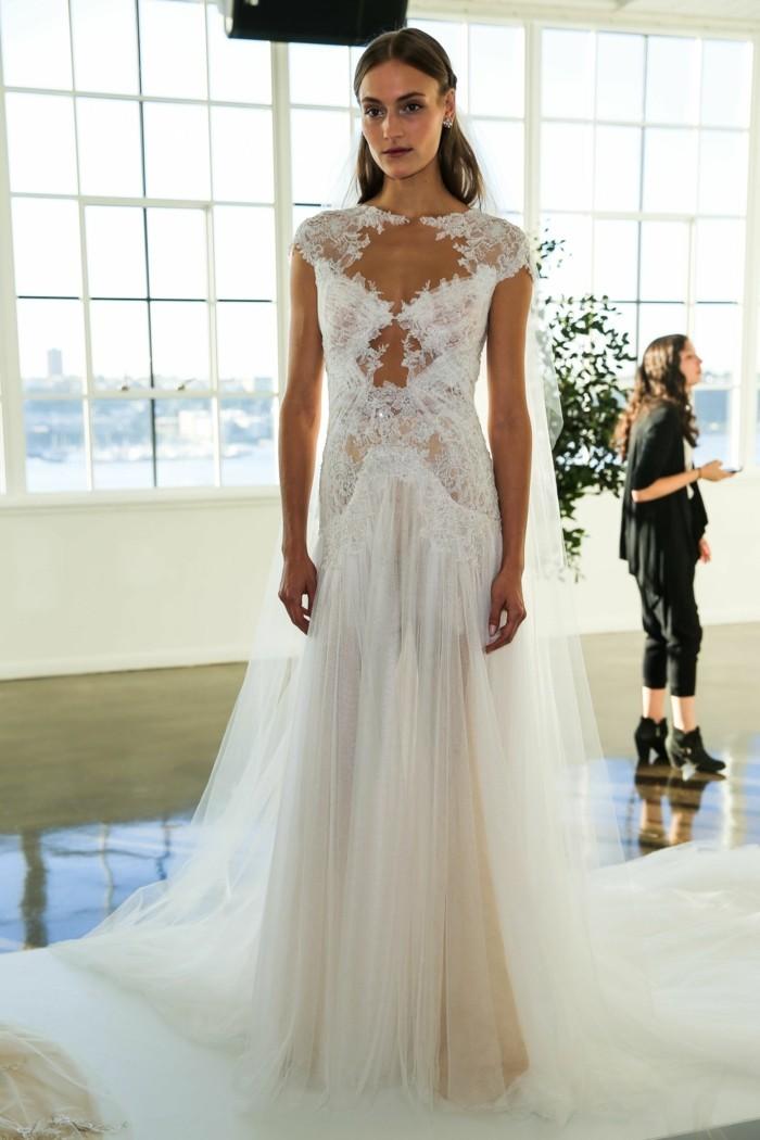 Hochzeitskleider von FashonWeek 2017