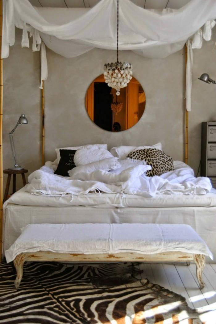 Betthimmel im Schlafzimmer  ein Hauch Romantik frs