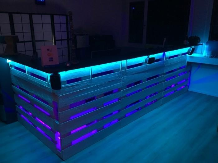 Palettenmbel und LEDBeleuchtung  eine perfekte Kombination
