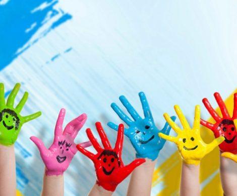 Handabdruck Bilder die man mit Kleinkindern gern bastelt