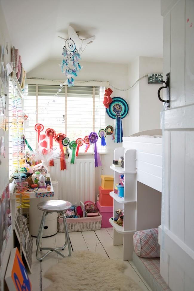 Kleines Kinderzimmer attraktiv und rationell gestalten