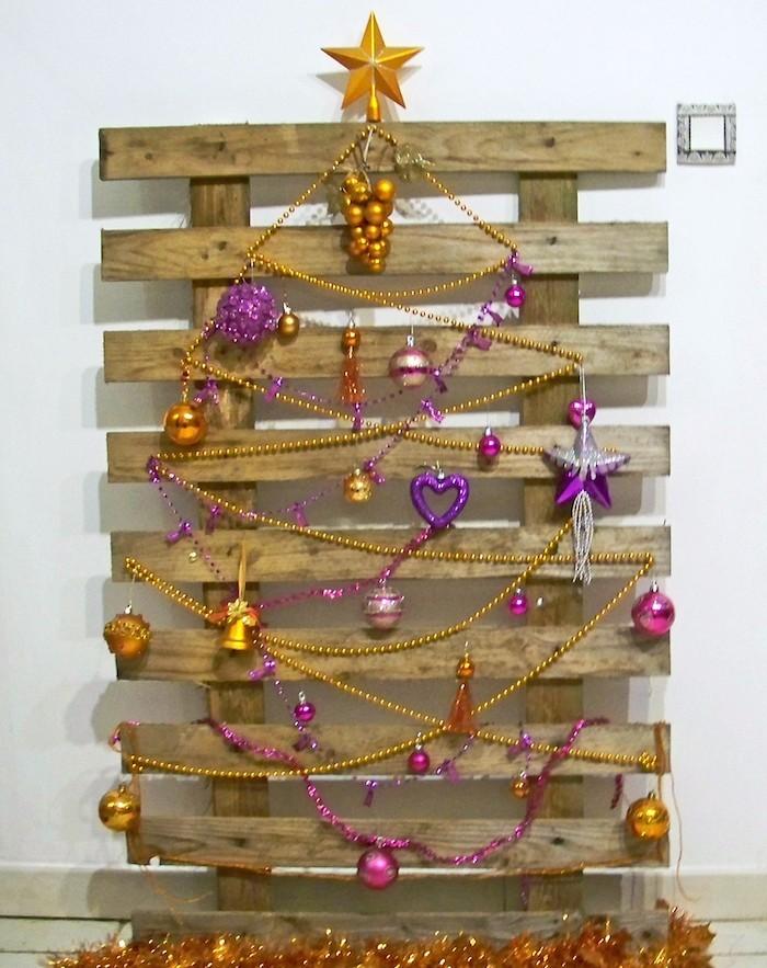 DIY Weihnachtsbaum aus Paletten schafft frhliche Stimmung