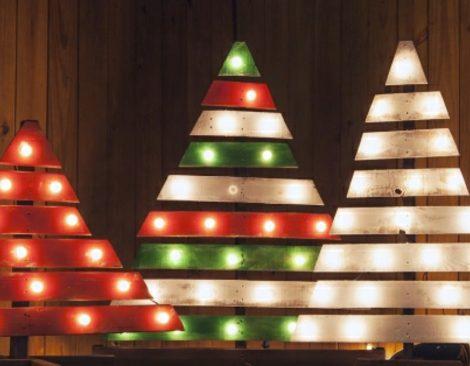 Weihnachtsbaum aus nur 1 Palette basteln  44 Ideen