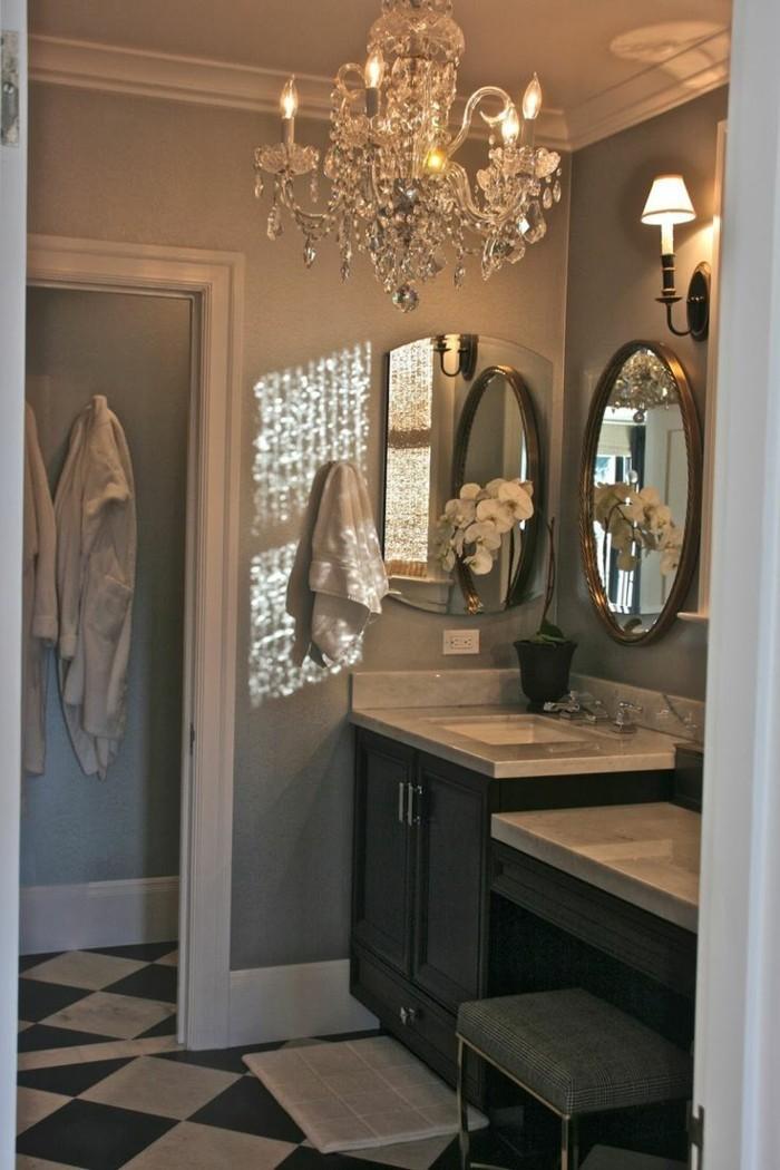 Kronleuchter im Bad  gemtliche und elegante Inneneinrichtung