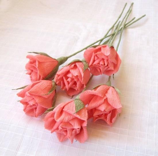 Stilvolle Rosen aus Papier falten  Ideen und Anleitung