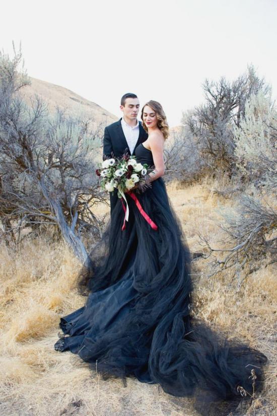 Schwarzes Brautkleid fr die moderne Braut