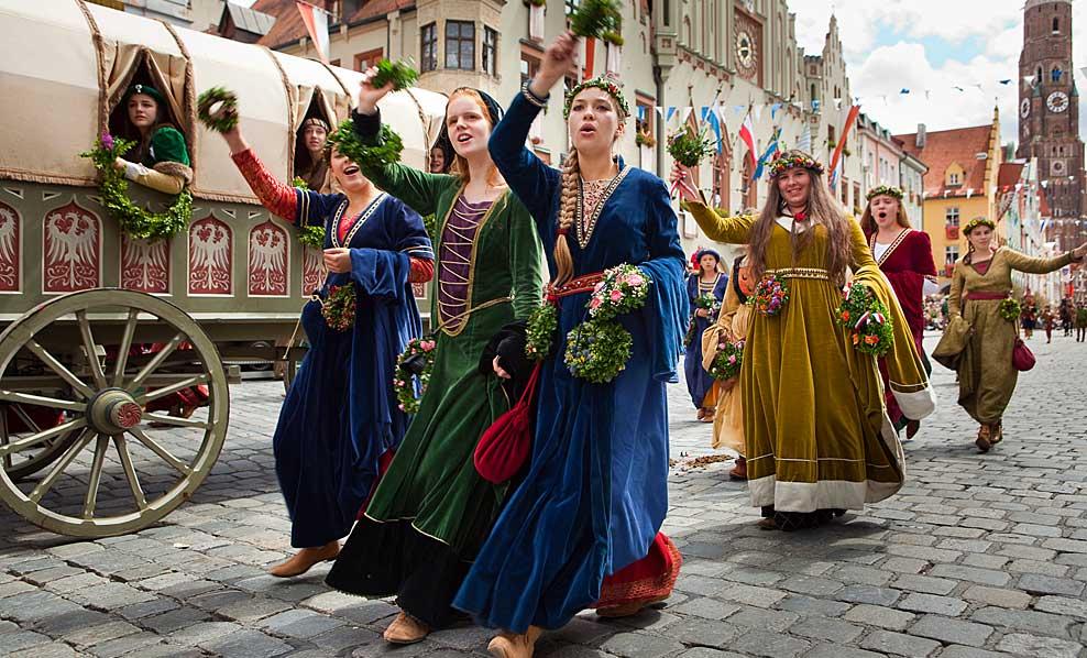 Warum Sie eine hochwertige mittelalterliche Kleidung brauchen