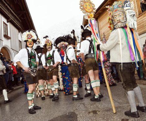 Kostmideen fr den Karneval 2019 Was liegt im Trend