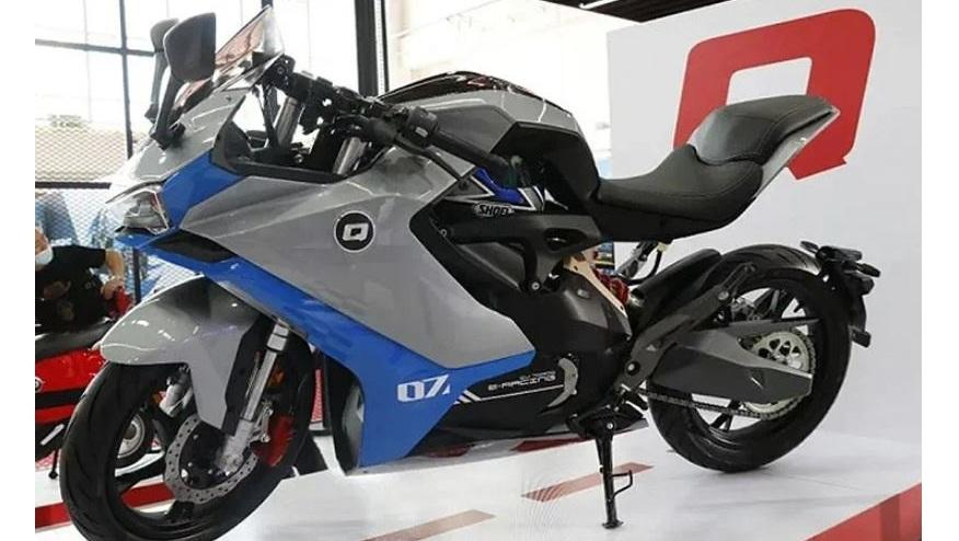 Qianjiang Electric Vehicle Presented the QJ7000D at the 2021 Beijing Motor Show – Will this be a Benelli electric?