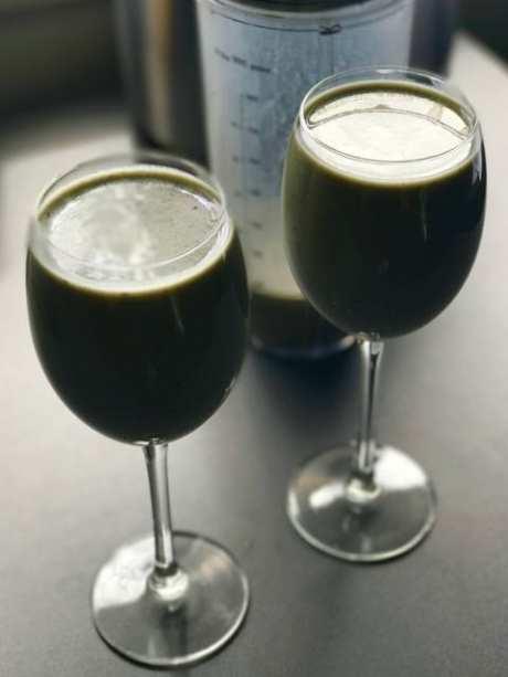 Allergic to Sugar - Green Smoothie Breakfast