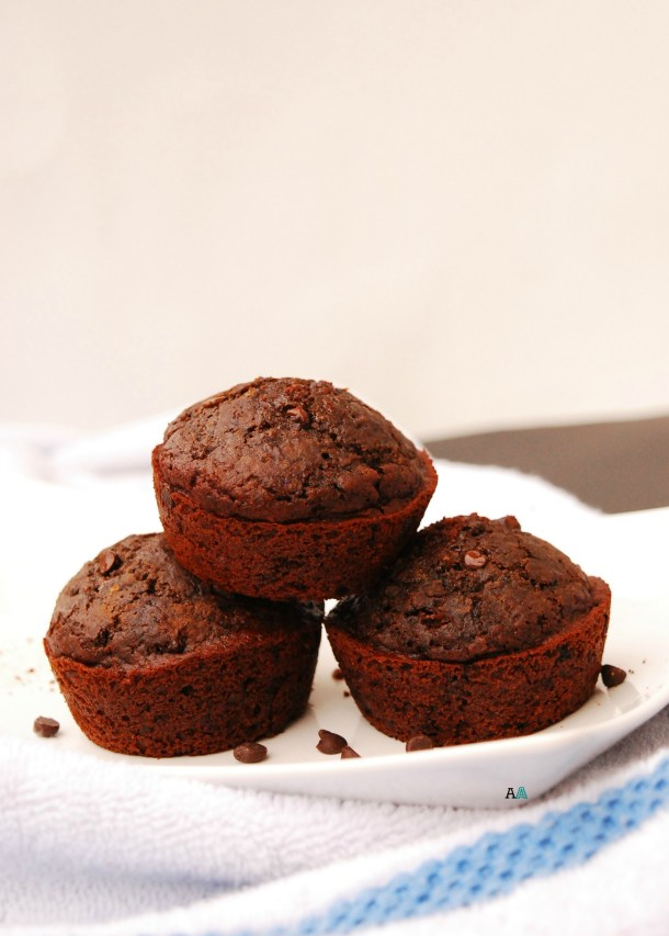 healthy gluten-free vegan double chocolate muffins