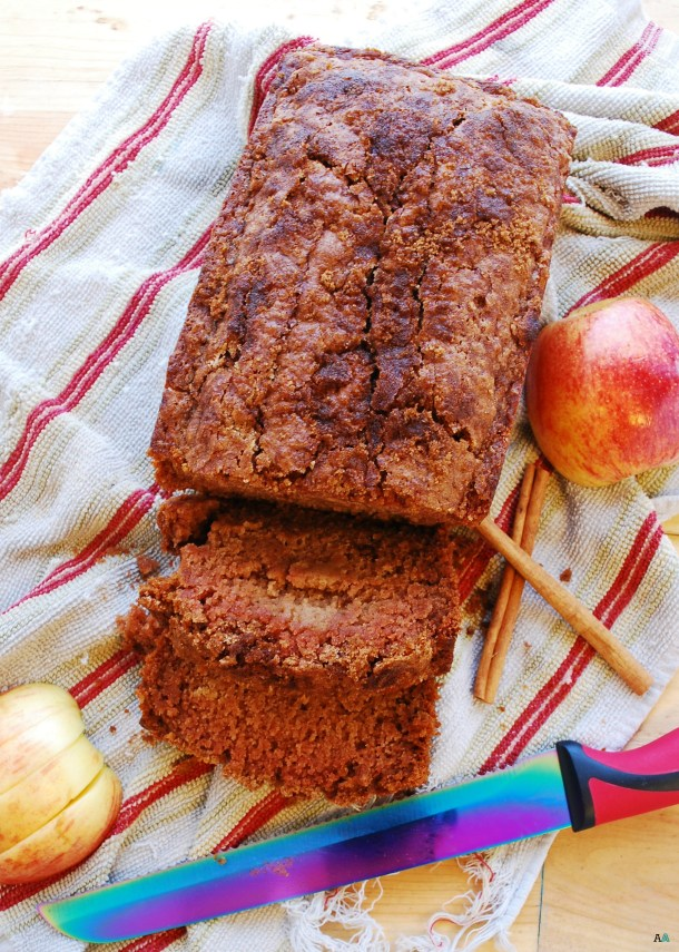 Applesauce Quick Bread (Gluten, dairy, egg, soy, peanut & tree nut free; top 8 free; vegan) Recipe by AllergyAwesomeness.com