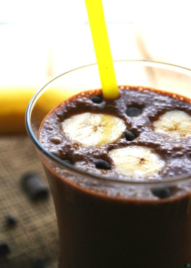 Chocolate Banana SunButter Breakfast Shake (Gluten, dairy, egg, soy, peanut & tree nut free; top 8 free; vegan) Recipe by AllergyAwesomeness.com