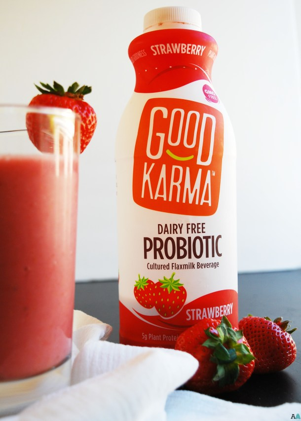 2 Ingredient Strawberry Probiotic Smoothie (Gluten, dairy, egg, soy, peanut & tree nut free; top 8 free; vegan) Breakfast recipe by AllergyAwesomeness.com