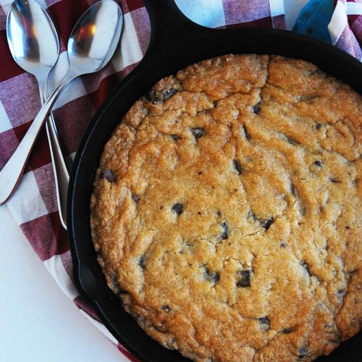 Gluten-free & Vegan Skillet Chocolate Chip Cookie (Gluten, dairy, egg, peanut & tree nut free; vegan) Dessert recipe by AllergyAwesomeness.com