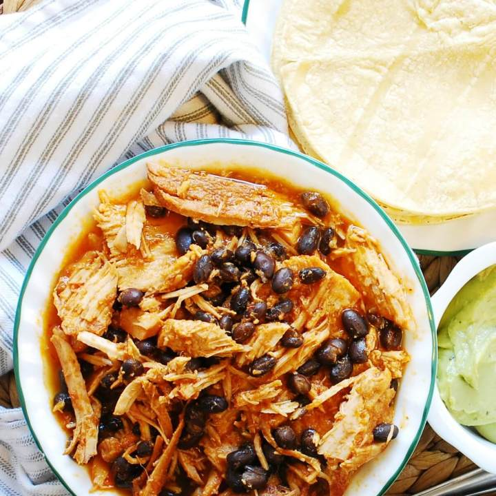 Slow Cooker Pineapple Chipotle Pork Tacos