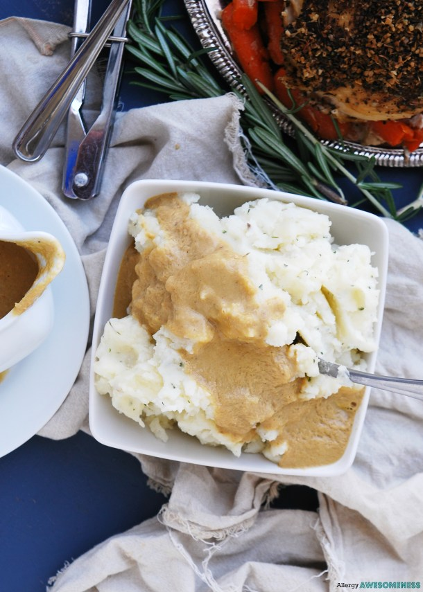 the easiest gluten-free blender gravy