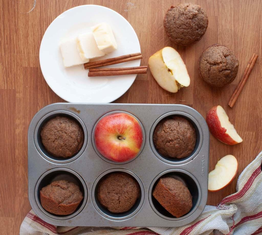 allergy-friendly-cinnamon-applesauce-muffins