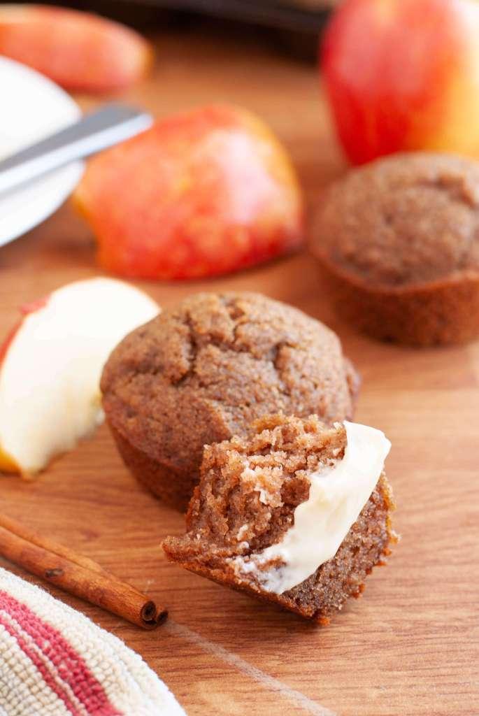 gluten-free-egg-free-cinnamon-applesauce-muffins