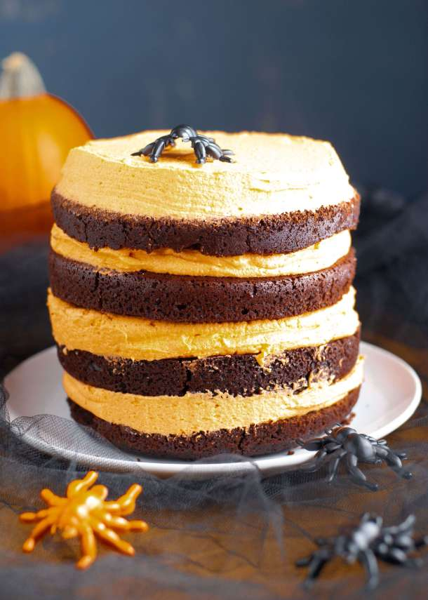 gluten-free-dairy-free-black-and-orange-Halloween-cake