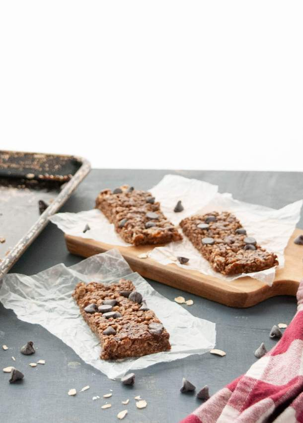chocolate granola bar