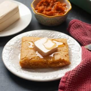 vegan-pumpkin-cornbread